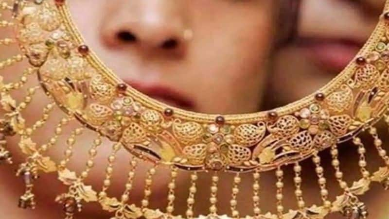 Reduction in import duty on gold from 12.5% to 10% again