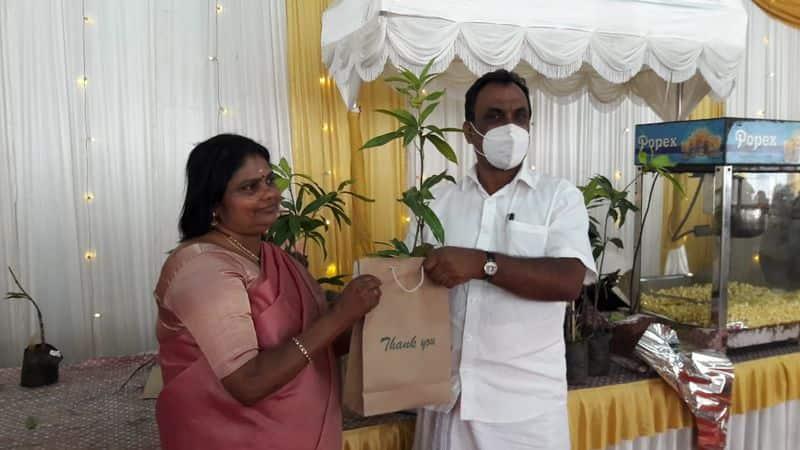 devikulam BDO Give mango tree buds as replay gift in daughter marriage