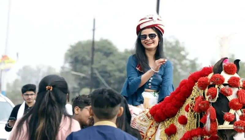 bride rode to groom s residence on horse in satna district of madhya pradesh - bsb