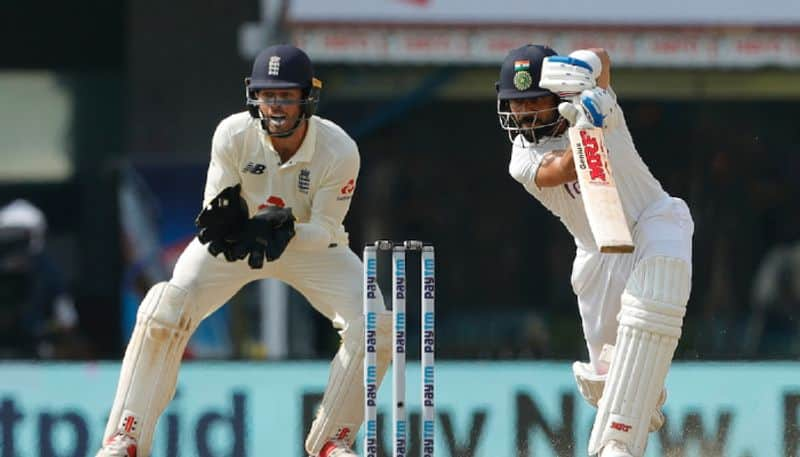 Virat Kohli goes after scoring half century in Second innings against England CRA