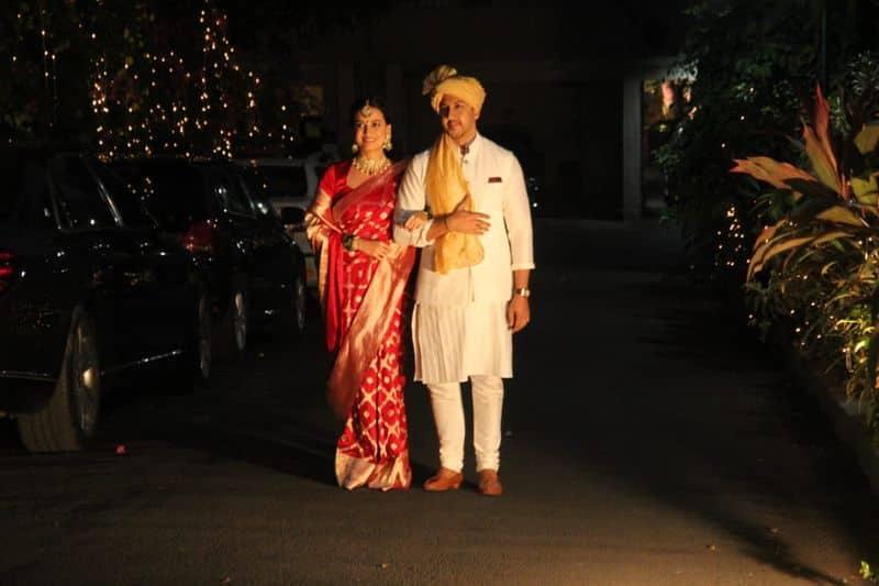 దియా మీర్జా- వైభవ్ రేఖీల మ్యారేజ్ ఫోటోస్.