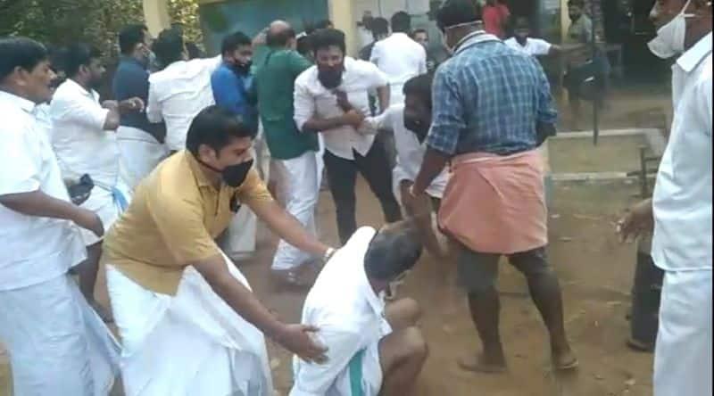 clash on grama sabha 8 people admitted in hospital