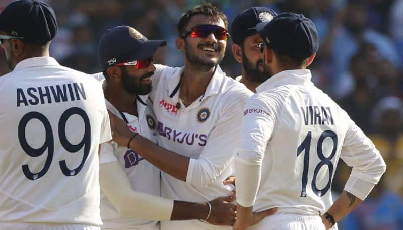 Pink Ball Test Axar Patel 6 wicket haul helps England All out at 112 in Ahmedabad Test kvn