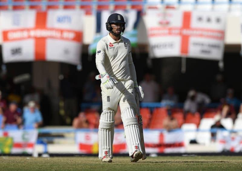 ఇండియాలో ఆతిథ్య జట్టుకి తొలి ఇన్నింగ్స్లోఇది రెండో అత్యల్ప స్కోరు. మొదటి పింక్ బాల్ టెస్టులో బంగ్లాదేశ్ 106 పరుగులకి ఆలౌట్ కాగా, ఇంగ్లాండ్ జట్టు 112 పరుగులకి ఆలౌట్ అయ్యింది.