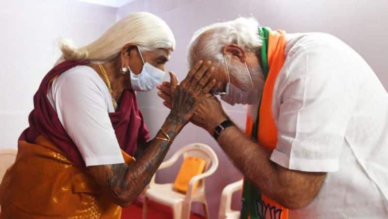 pm narendra modi met 105 years old padma shri pappammal