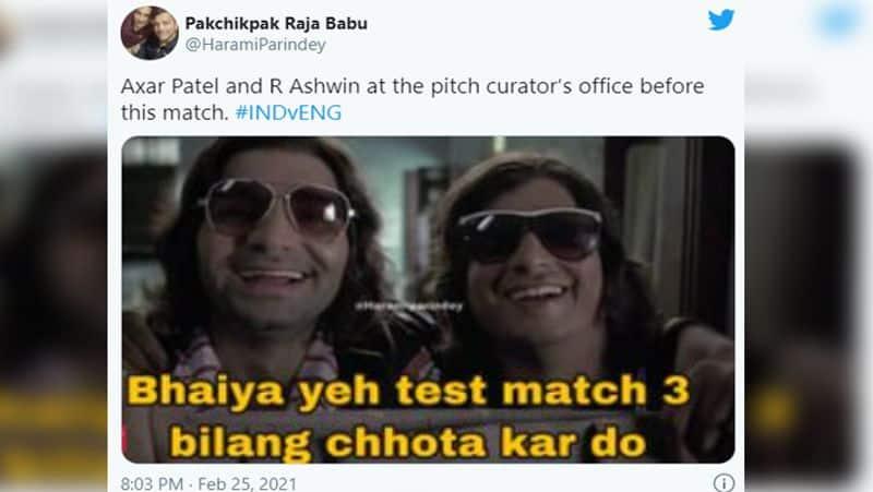 <p>वहीं, आर अश्विन ने मैच में 7 विकेट लिए। इसी के साथ अश्विन ने टेस्ट में 400 विकेट भी पूरे कर लिए। उन्होंने यह कारनामा 77 मैच में पूरा किया। वे ऐसा करने वाले दूसरे गेंदबाज बन गए हैं। उनके अलावा श्रीलंका के मुथैया मुरलीधरन के नाम सिर्फ 72 मैच में 400 विकेट पूरे करने का रिकॉर्ड है।</p>