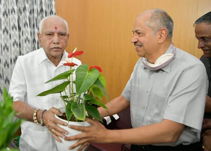 <p>ಕರ್ನಾಟಕದ ಮುಖ್ಯಮಂತ್ರಿ ಯಡಿಯೂರಪ್ಪ ಅವರಿಗೆ 79ನೇ ಜನ್ಮ ದಿನದ ಶುಭಾಶಯಗಳು</p>