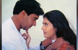 <p>अजय ने 1999 में काजोल से शादी की और इनकी जोड़ी आज के वक्त में आइडियल कपल्स में से एक है। एक इंटरव्यू में कॉजोल ने शादी और हनीमून से जुड़े कुछ दिलचस्प बातें शेयर की थीं। काजोल ने बताया था कि अजय के साथ मेरी शादी में सिर्फ 6-7 लोग मेरी तरफ से अजय की तरफ से भी उतने ही लोग आए थे। अजय फैमिली मैन हैं और वक्त मिलते ही पत्नी और बच्चों के साथ छुट्टियों पर निकल जाते हैं। वहीं वो काम खत्म होते ही घर जाना पसंद करते हैं और फिल्मी पार्टियों से दूर रहते हैं। &nbsp;</p>