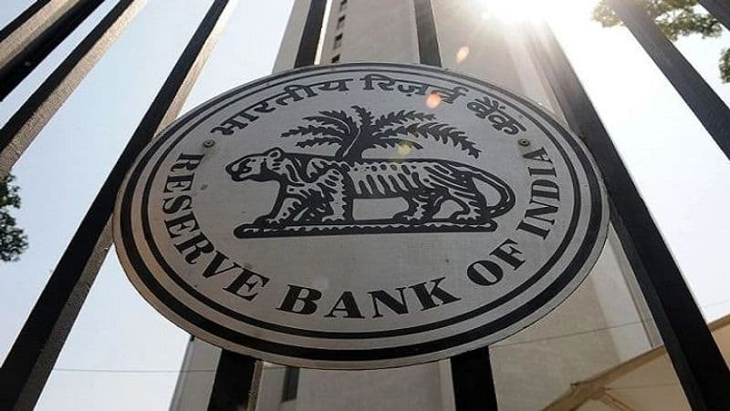 India foreign exchange reserves touch a record high of 598.165 billion dollars