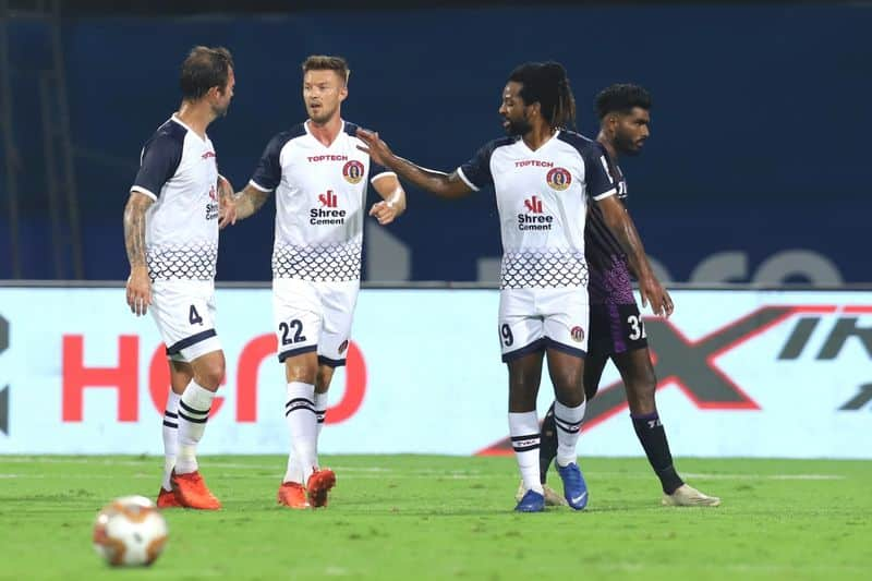 <p>The opening half saw three attacks until the ninth minute before Anthony Pilkington put SCEB ahead in the 23rd, with his right foot to the bottom-left from the right flank, thanks to Wahengbam Angousana's assist. Nine minutes later, Lalhrezuala Sailung drew level for Odisha with his right foot to the centre in a close-range attempt.</p>