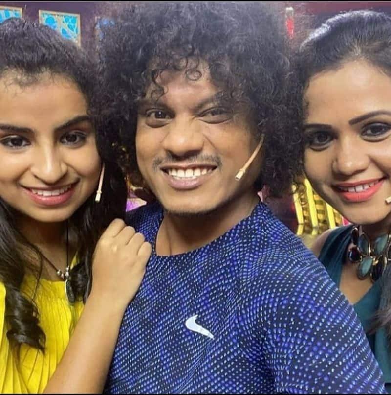 <p>கண்டன்ட் குயின் விருது – மணிமேகலை</p>