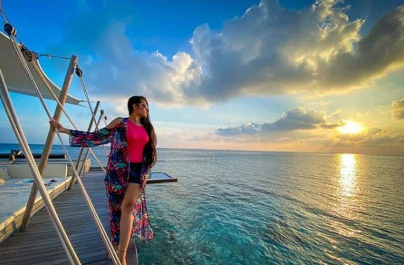 Yuzvendra Chahal's wife Dhanashree Verma shares cool video from her Maldives vacation-ayh