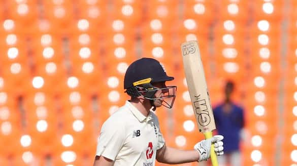 england all out for 303 runs in first innings of second test against new zealand