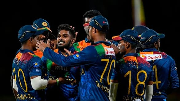 sri lanka 18 members odi squad announced for the series against bangladesh