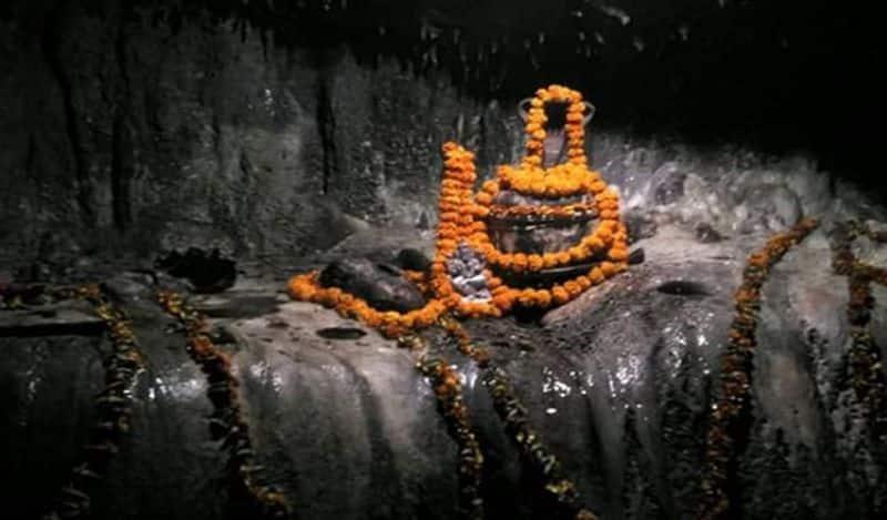 ఈ లోపాల నుండి బయటపడటానికి మహా శివరాత్రి రోజున ప్రత్యేక పూజలు చేస్తారు.