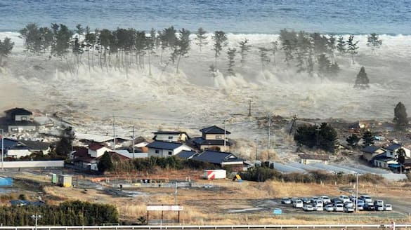 Three Massive Quakes in Alaska, Hawaii Under Tsunami Alert