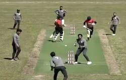 <p>cricket</p>
