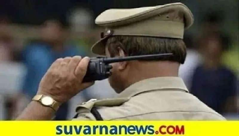 Dakshina Kannada Police controlling the lockdown situation without Violent snr