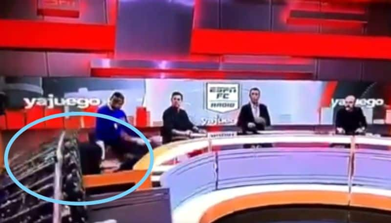 The TV set collapsed on ESPN anchor during the live show BDD
