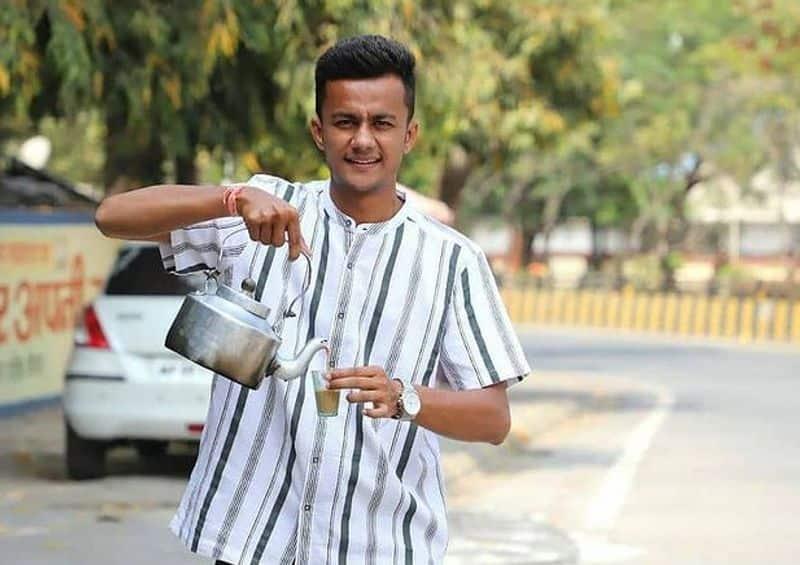ಅಹಮದಾಬಾದ್ನಲ್ಲಿ ಎಂಬಿಎ ಓದುತ್ತಿದ್ದ ಅವರು ರೆಸ್ಟೋರೆಂಟ್ನಲ್ಲಿ ಪಾರ್ಟ್ಟೈಂ ಕೆಲಸ ಮಾಡುತ್ತಿದ್ದರು. ಈ ಸಮಯದಲ್ಲಿ, ಚಹಾ ಮಾರಾಟಗಾರರೊಂದಿಗೆ ಮಾತನಾಡಿದ ನಂತರ, ಅವರು ಚಹಾ ಅಂಗಡಿಯೊಂದನ್ನು ತೆರೆಯಲು ನಿರ್ಧರಿಸಿದರು.