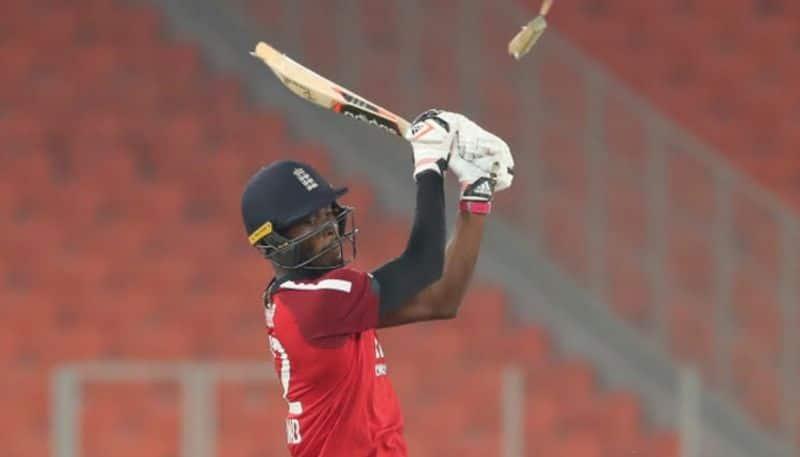 Jofra Archer Bat broken vs Team India, Old Tweet goes viral CRA