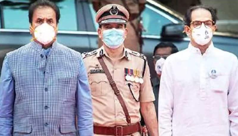 Param Bir Singh explosive letter Maharashtra Home Minister Vaze extortion Rs 100 crore-VPN