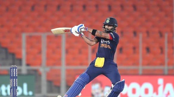 IPL 2021: Watch Virat Kohli join Royal Challengers Bangalore for practice session after finishing quarantine-ayh