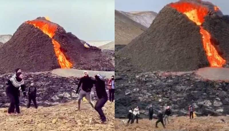 Video of youngsters playing volleyball in front of a volcano in Iceland goes viral spb