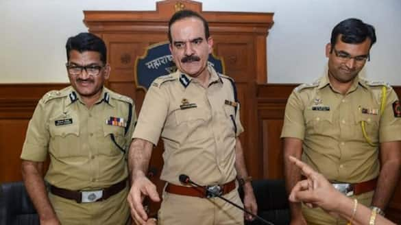 Maharashtra Police registered FIR against Mumbai former police chief Parambir Singh in extortion and threat