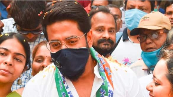 raj chakraborty campaigning decorated with the didi song of usha utthup BJC