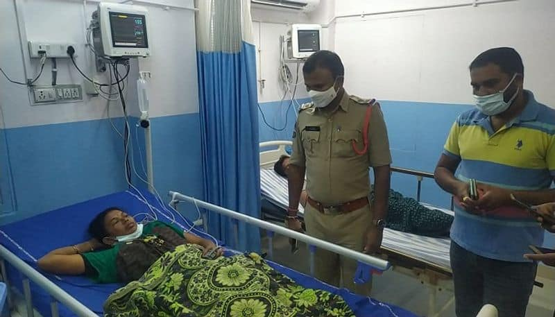Two kids die, three serious after consuming sliced melons in peddapalli - bsb