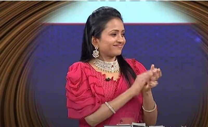 netizens fire on Anchor suma On her latest video