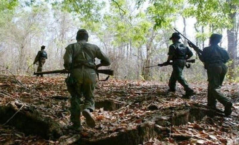 Naxal Attack Sikh soldier uses his turban to help injured colleague pod