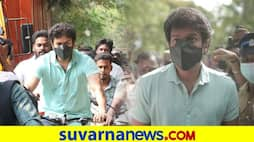 Cinema Hungama; Tamil actor Vijay cast his vote riding bicycle dpl
