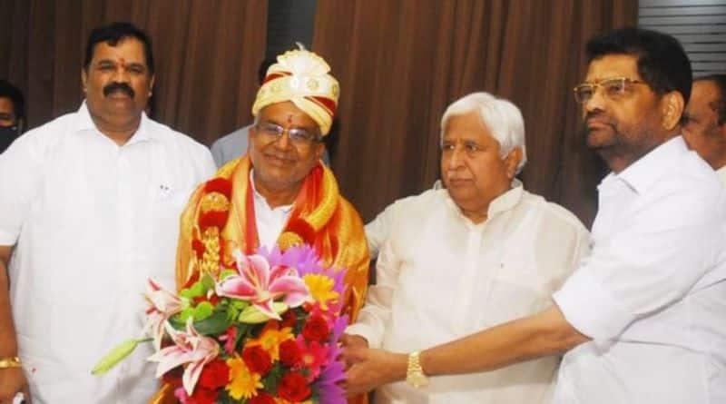 JDS MLA gt devegowda-elected as-president of karnataka state cooperative federation rbj