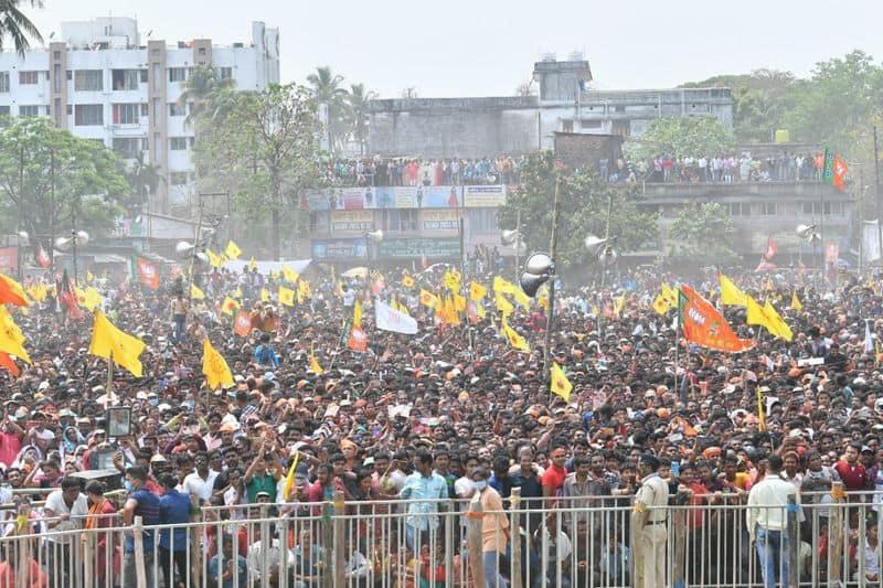 <p>ಪಶ್ಚಿಮ ಬಂಗಾಳದಲ್ಲಿ ಎಂಟು ಹಂತಗಳಲ್ಲಿ ಚುನಾವಣೆ ನಡೆಯಲಿದ್ದು, ಎರಡು ಹಂತದ ಮತದಾನ ಪ್ರಕ್ರಿಯೆ ಮುಕ್ತಾಯಗೊಂಡಿದೆ.&nbsp;</p>