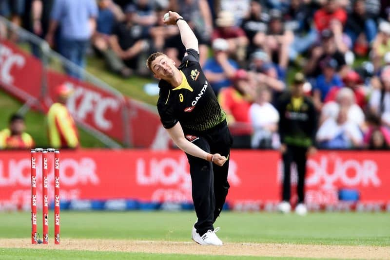 <p>Sams played just three games for DC last season, failing to claim a single wicket. However, he has a decent Twenty20 career, having claimed 67 wickets in 54 games at an economy of 8.55.</p>