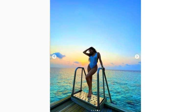 """<p style=""""text-align: justify;"""">She was in Los Angeles helping her sister out to select acting colleges for her. But now, she is clearly enjoying herself at the beach. And her pictures are making us miss our trips.</p>"""