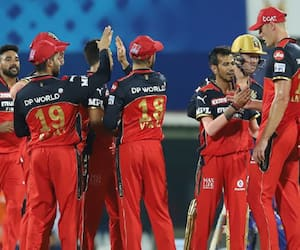 aakash chopra points out rcb weaknesses instead they play well in ipl 2021