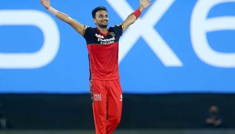 IPL 2021: Harshal Patel concedes 37 runs in an over to Ravindra Jadeja, equals an unwanted record