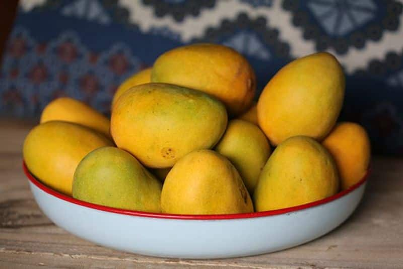 Major boost to farmers incomes: Different varieties of mangoes exported to Bahrain from West Bengal, Bihar