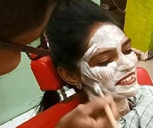 Surat A parlour where girls can get makeup done at affordable prices