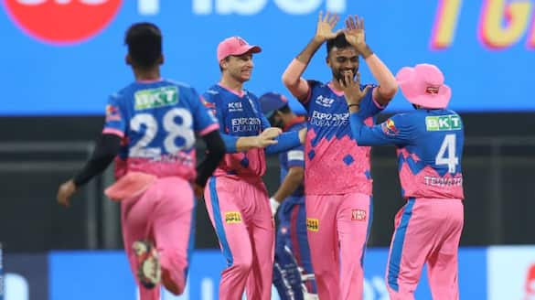 delhi capitals set easy target to rajasthan royals in ipl 2021