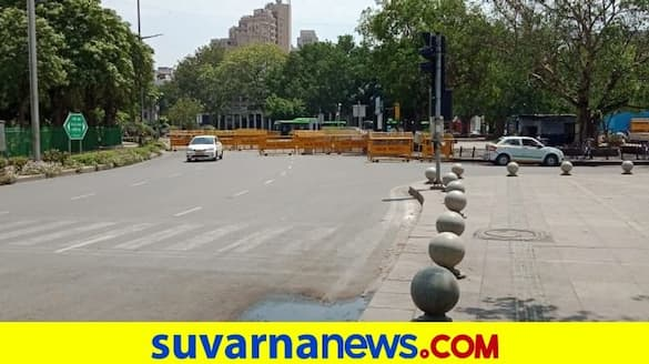 Roads empty markets shut as Delhi enters weekend curfew pod