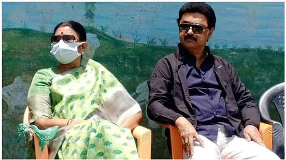 Durga Stalin to leave temple to pay his dues ..!