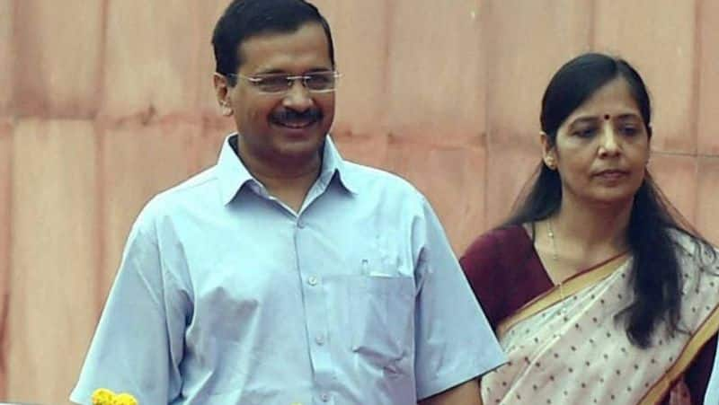 Arvind Kejriwal Self Isolates After Wife Tests Positive For Covid pod