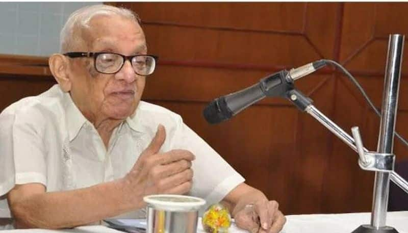 Former RBI governor M Narasimham passes away due to Covid-19 in hyderabad