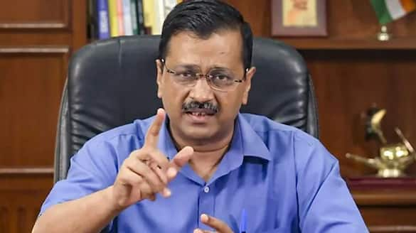 Delhi government to vaccinate and bear cost of mass vaccination drive for all media houses pod