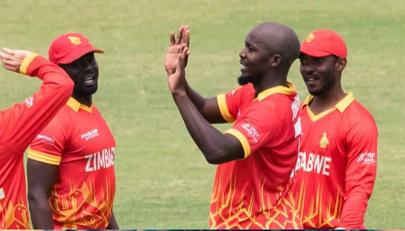 Pakistan All-out for 99 Runs against Zimbabwe in Second T20I CRA