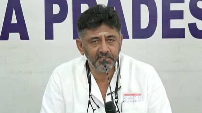DK Shivakumar Appeal To Party Worker as do not Celebrate victory hls